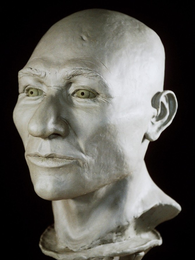 an essay on the real affiliation of kennewick man During the analysis on kennewick man's skeleton, archaeologist james chatters was surprised to discover that his anatomical features were quite different from those of modern native americans in particular, his long narrow face, prominent chin, and tall stature did not resemble remains of other paleo-indians.