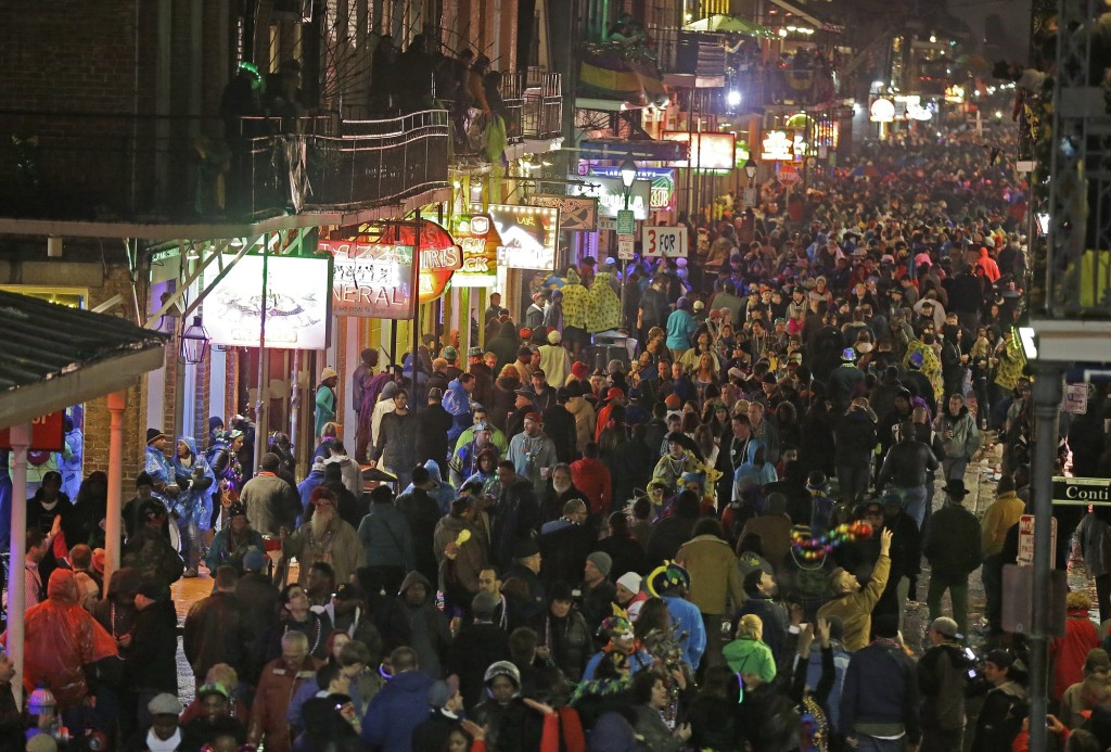 Ociated Press Files Revelers Pack The French Quarter During Mardi Gras In 2017 As Seen From Balcony Of Royal Sonesta Hotel New Orleans