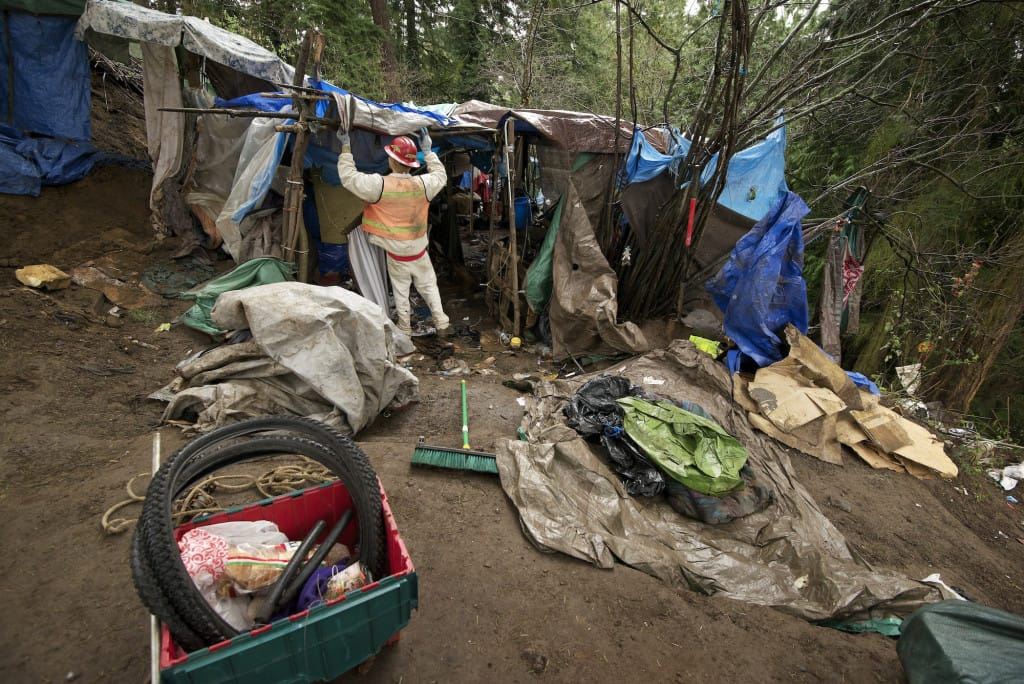 Homeless camp dismantled in Hazel Dell | The Columbian
