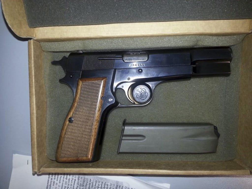 Gun used against pope john paul ii to be exhibited the columbian gun used against pope john paul ii to be exhibited buycottarizona Choice Image