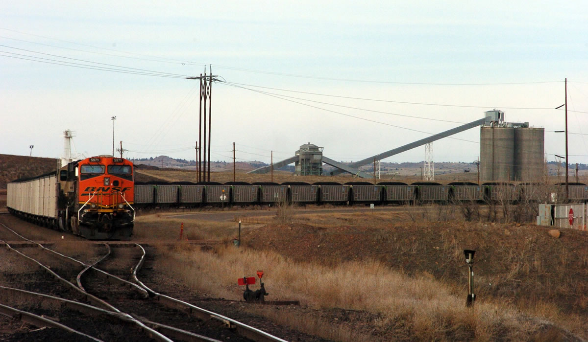 Wyoming-Montana delegation hopes to warm those cool on coal