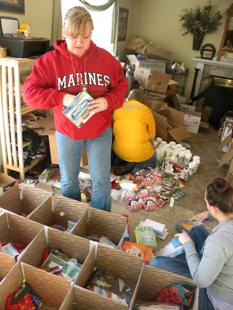 Christmas in Afghanistan: Marine moms send gift packages   The Columbian