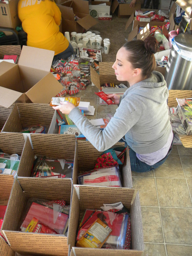 Christmas in Afghanistan: Marine moms send gift packages | The Columbian