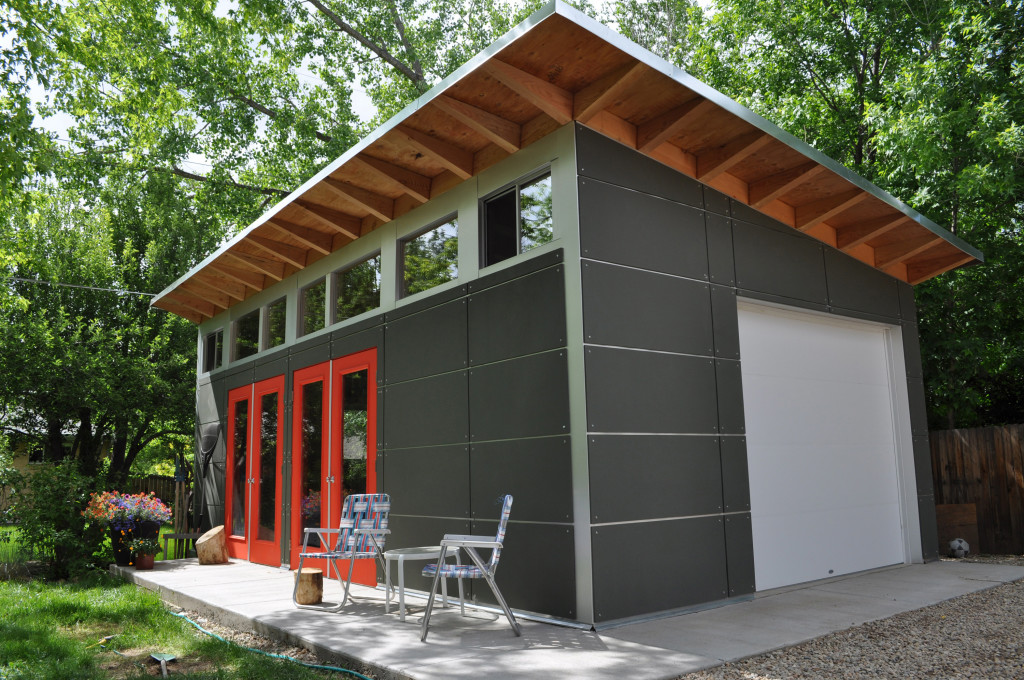 Backyard Living Space And Storage Is Achieved In A Large Studio Shed With  An Easy