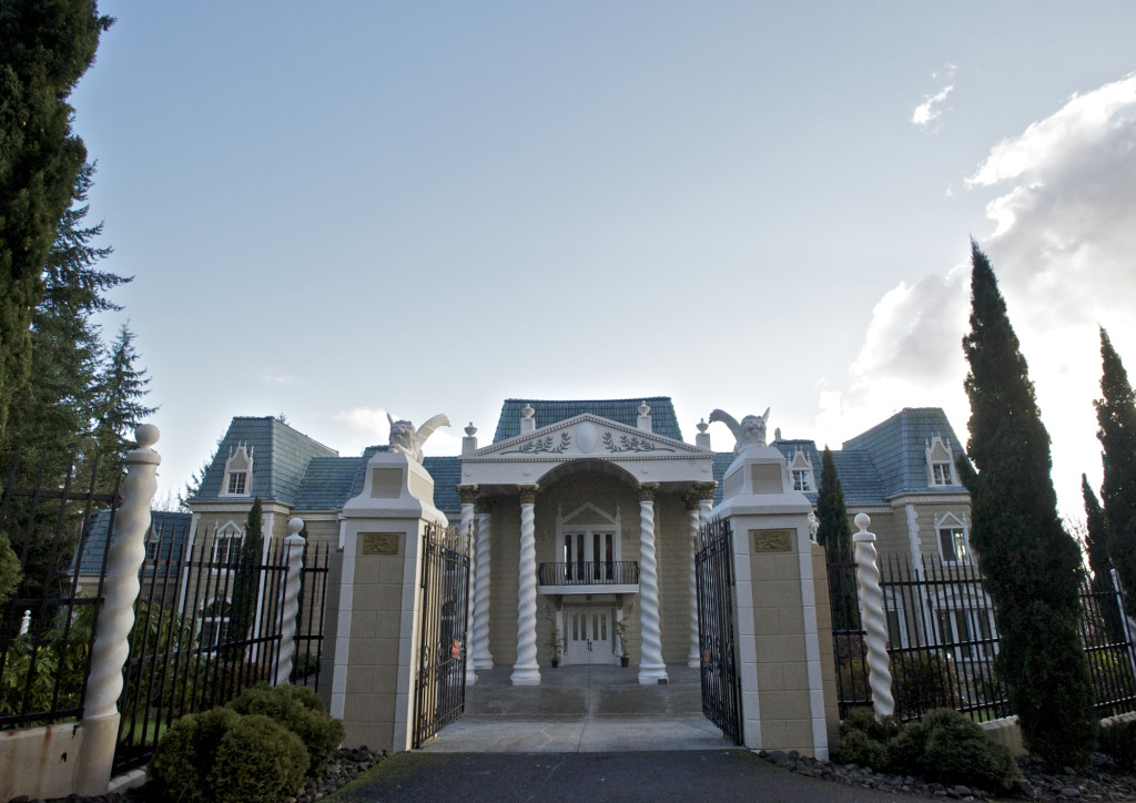 Refurbish Hillside Mansion As A Venue For Weddings Other Special Events
