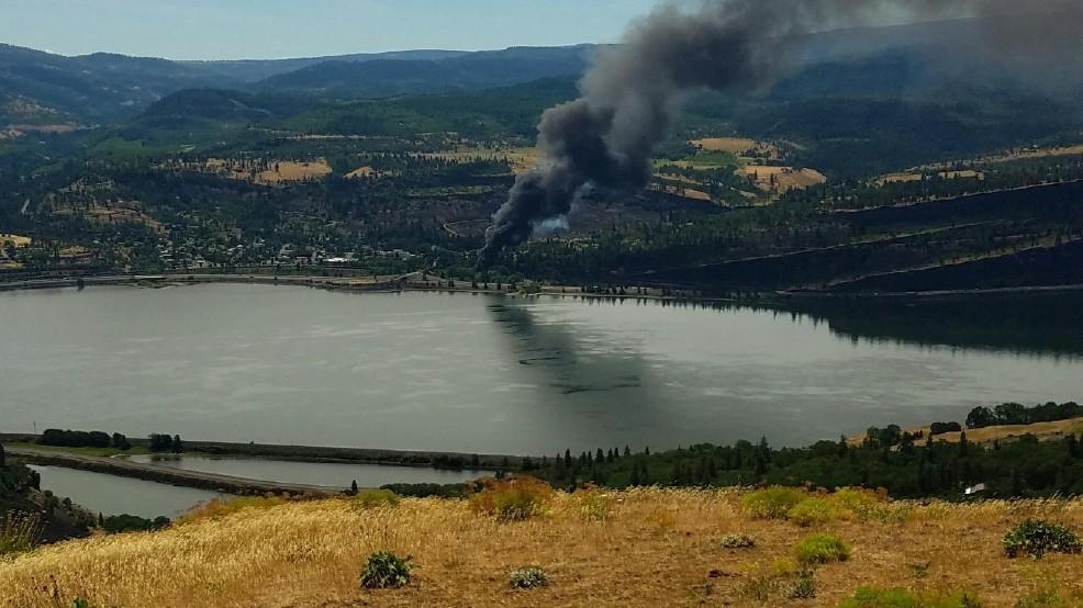 Oil Train Derails Catches Fire Near Hood River The