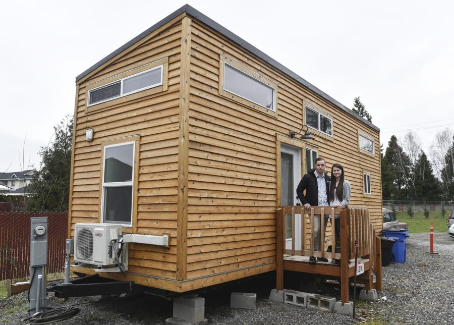 Marvelous The Couple, Whose Tiny House Is Parked On A Family Memberu0027s Property,  Recently Received A Letter ...