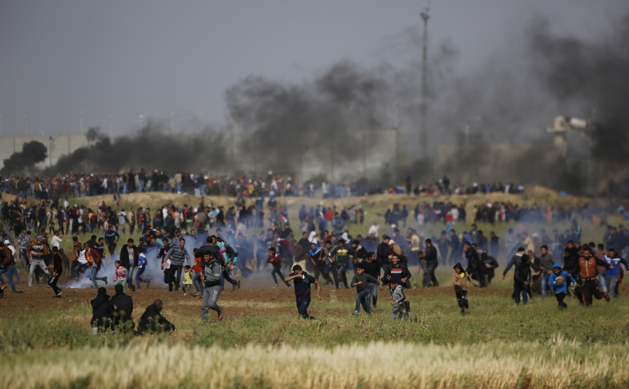 Shelling kills Palestinian in Gaza ahead of border protest