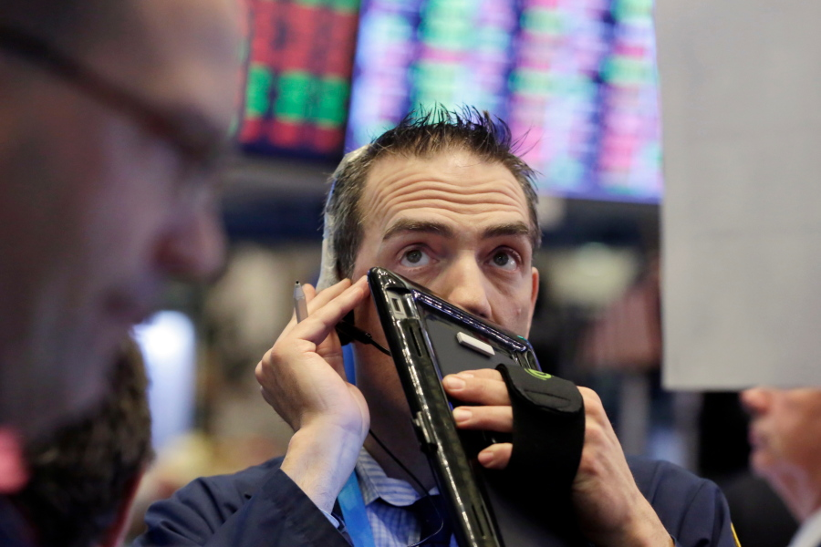 US Stocks sliding down drastically due to rising rates