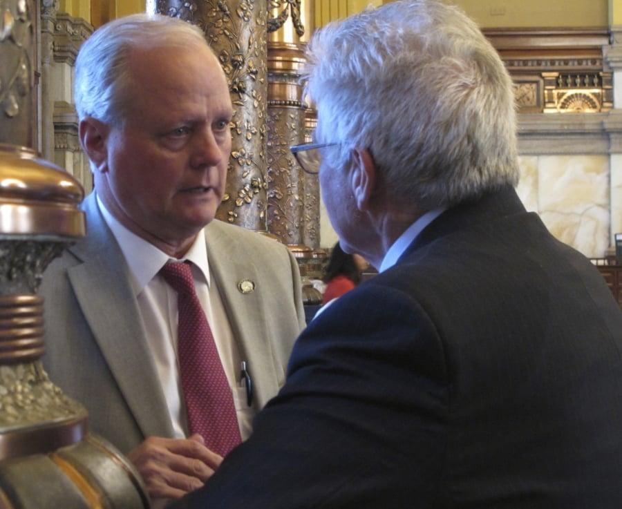 Kansas GOP lawmakers at odds over school funding