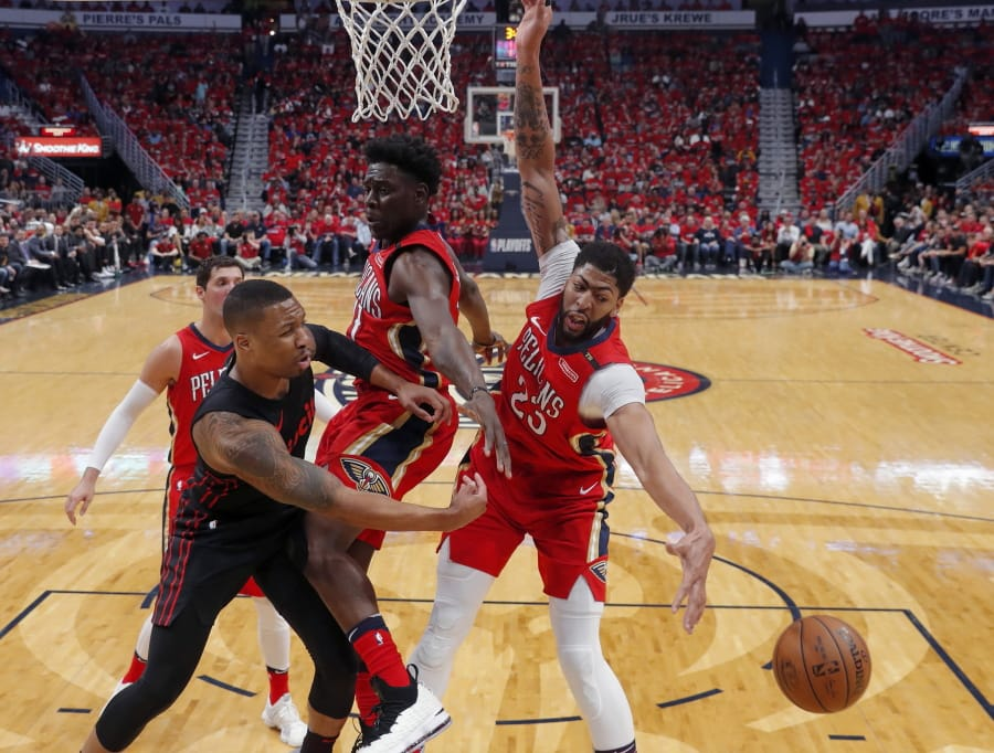 Monster efforts from Pelicans' Davis, Holiday complete sweep of Blazers