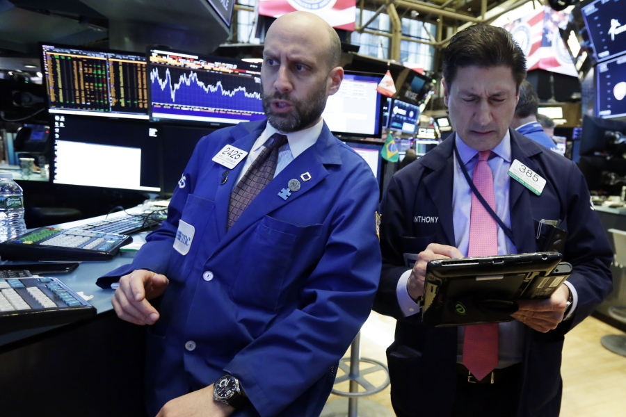 Dow Closes Above 25000 As China Trade War Fears Fade