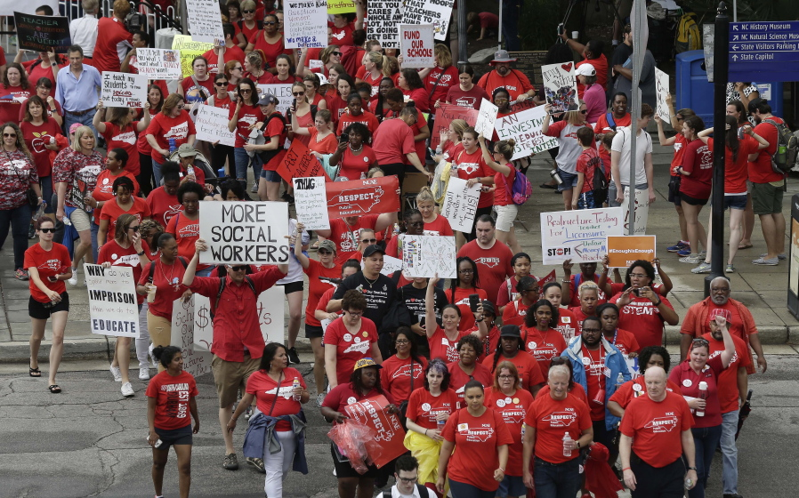 Teachers join thousands of NC educators marching to Capitol