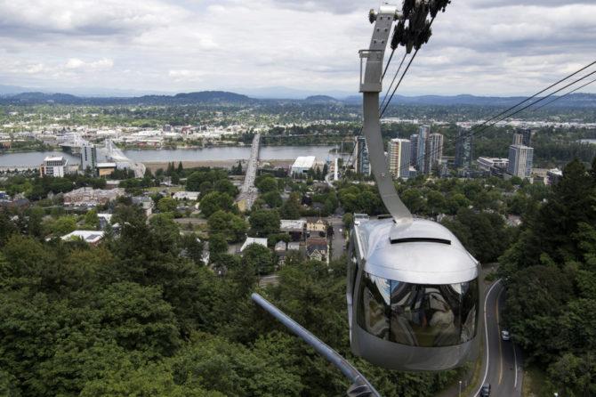 Morning Press: Love for Portland; History of ?hoods; Renewable energy jobs