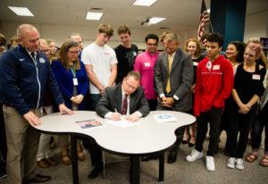 Felida: Washington State Superintendent of Public Instruction Chris Reykdal signs new statewide tech