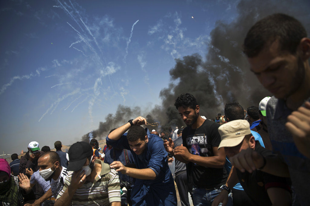 Israeli troops kill more Palestinians as Gaza protest resumes