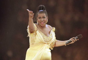 In this Jan. 19, 1993 file photo, singer Aretha Franklin performs at the inaugural gala for Presiden
