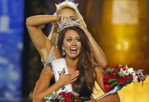 Miss North Dakota Cara Mund reacts after being named Miss America during the Miss America 2018 pagea