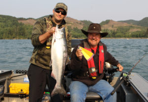 State fisheries managers have closed the Columbia River to all retention of Chinook salmon from Buoy