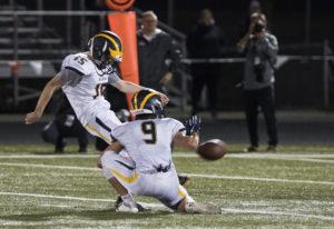 Bellevue's Jed Michael (15) kicks a field goal to beat Camas 38-25. Bellevue's football pr