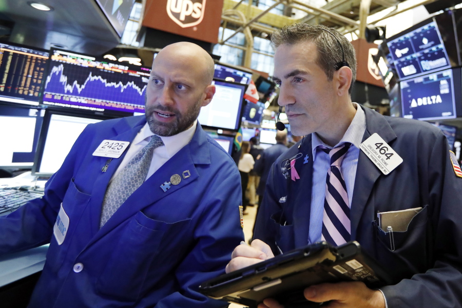 Dow hits new high ahead of index reshuffle