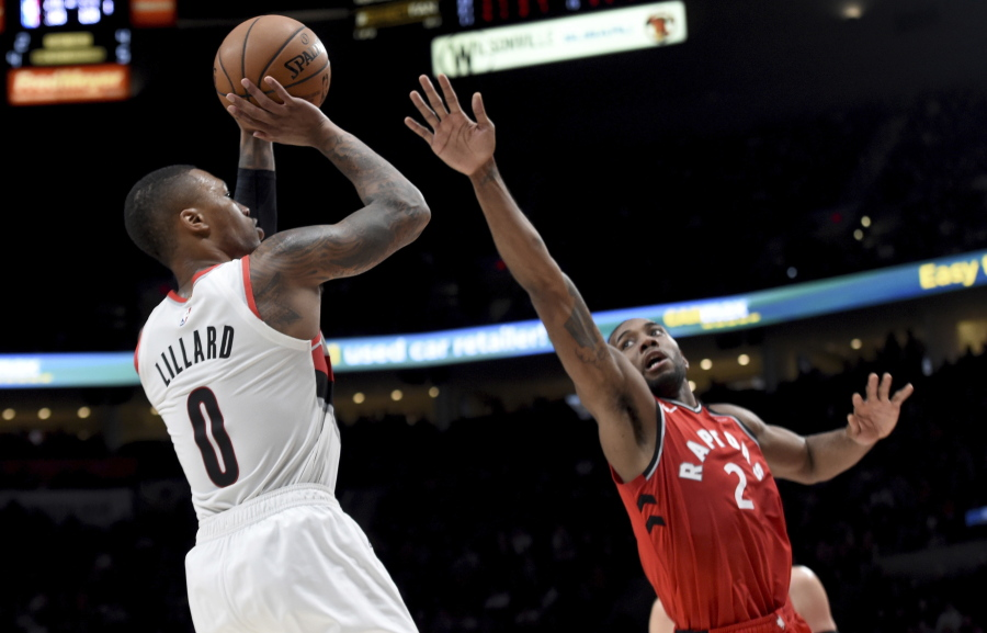 Despite early success, Raptors' Leonard still has eye on LA