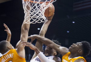 Gonzaga's Rui Hachimura (21) is fouled by Tennessee's Admiral Schofield (5) and Grant Williams (2) d