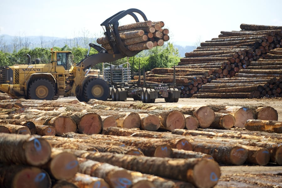 Pacific Northwest timber industry: As prices slide, job fears grow | The Columbian
